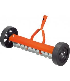 Rastrillo Aireador 12 Cuchillas 40cm con ruedas
