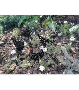 Decoración de jardines y terrazas con gallinas